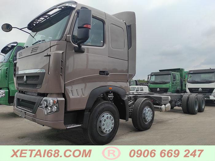 Xe tải thùng 4 chân howo 2021
